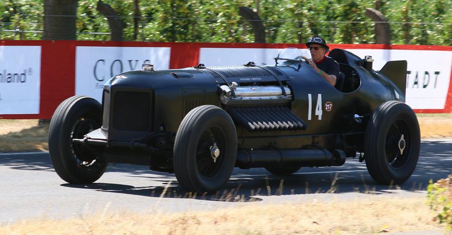 Chris William auf Packard-Bentley auf Schloss Dyck 2018